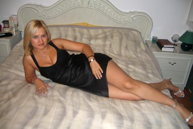 Dona ragazza rumena di Bucarest