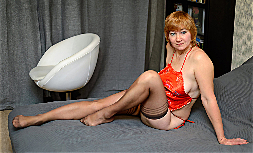 Natasha in autoreggenti