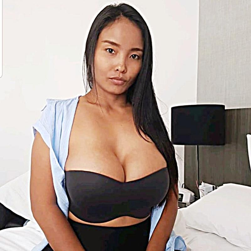 Sydney ragazza a sedere sul letto